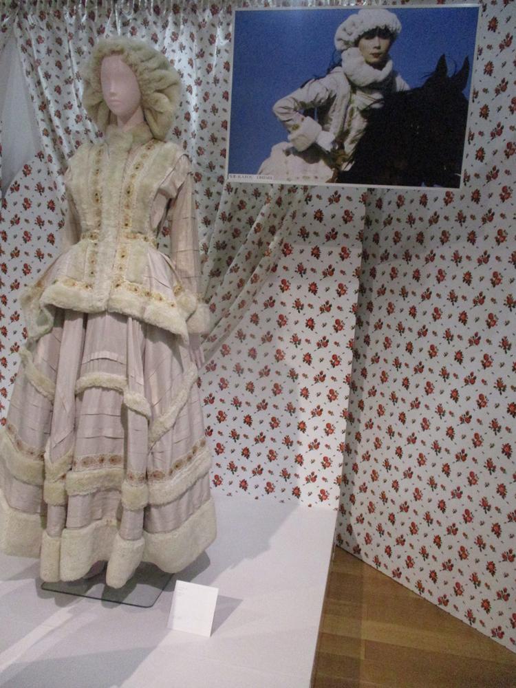 高田賢三がデザインしたドレス
