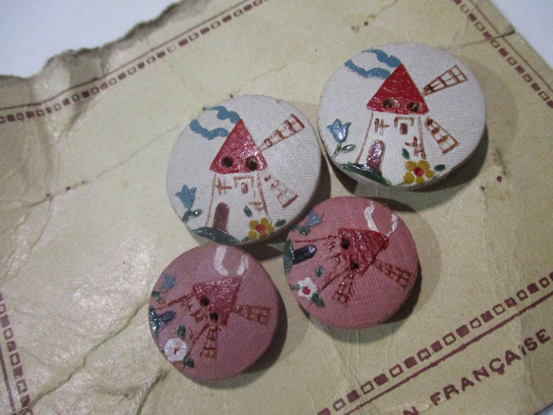 高田賢三の服に使われたアンティークボタン