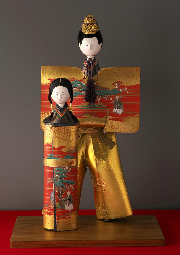静嘉堂文庫美術館『岩崎家のお雛さま』展で展示されている「立雛」