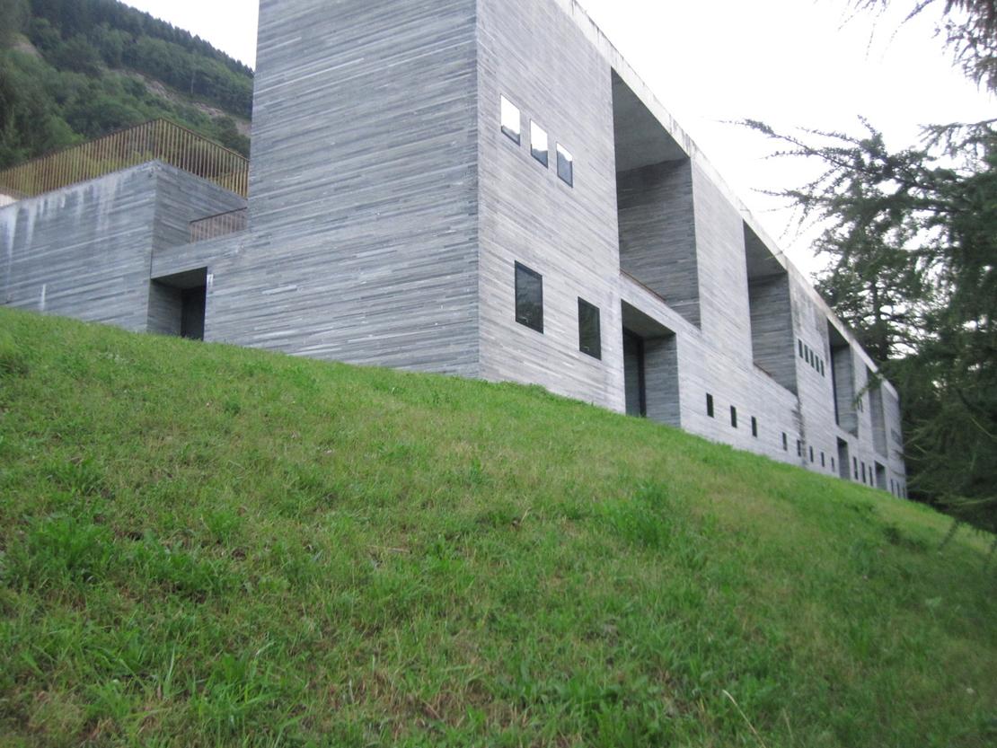 ピーター・ズントーが設計したスパ施設「Therme Vals」