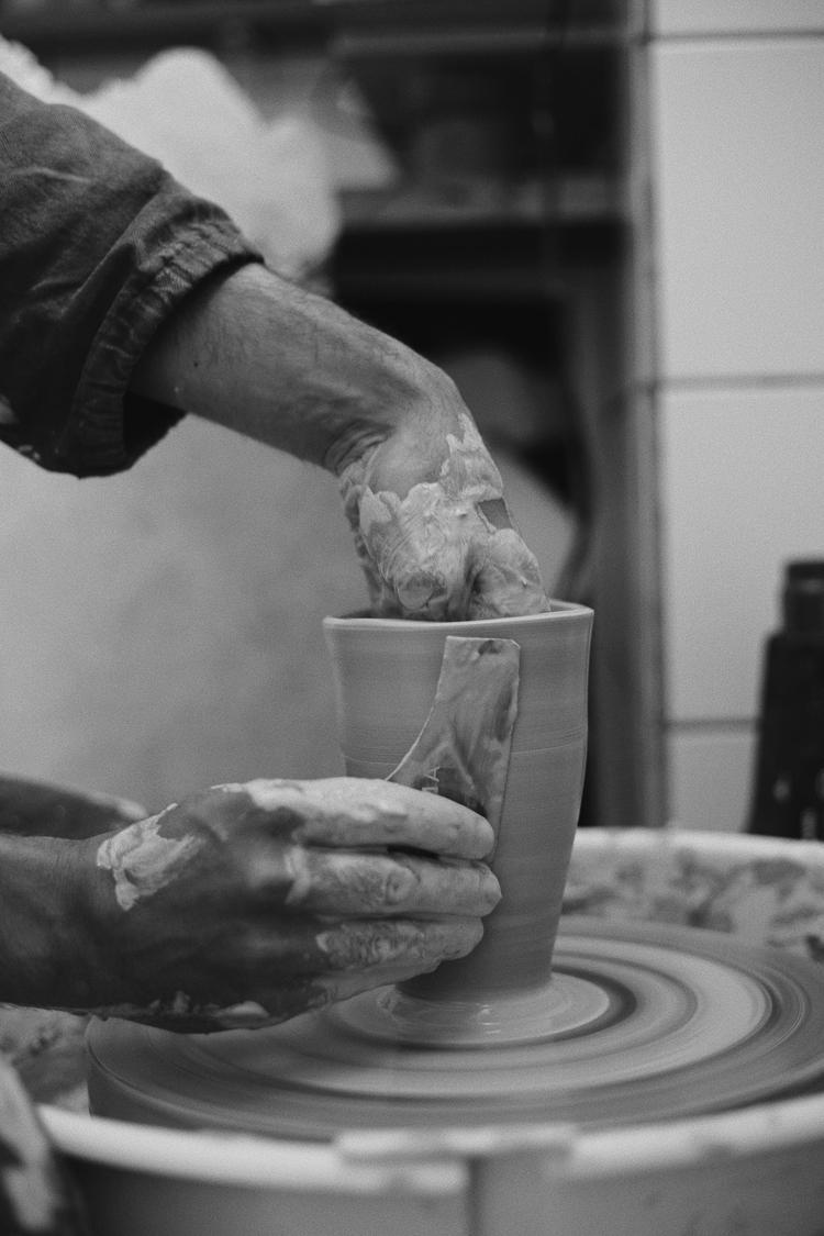 アーティストのダヴィデ・ロンコさん取材写真