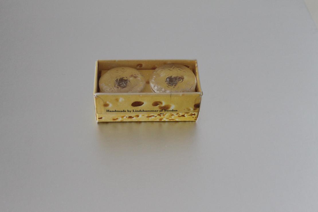 チーズ用のガラス製品