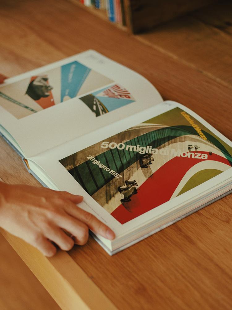 小林一毅さんが高校生の時に購入した作品集