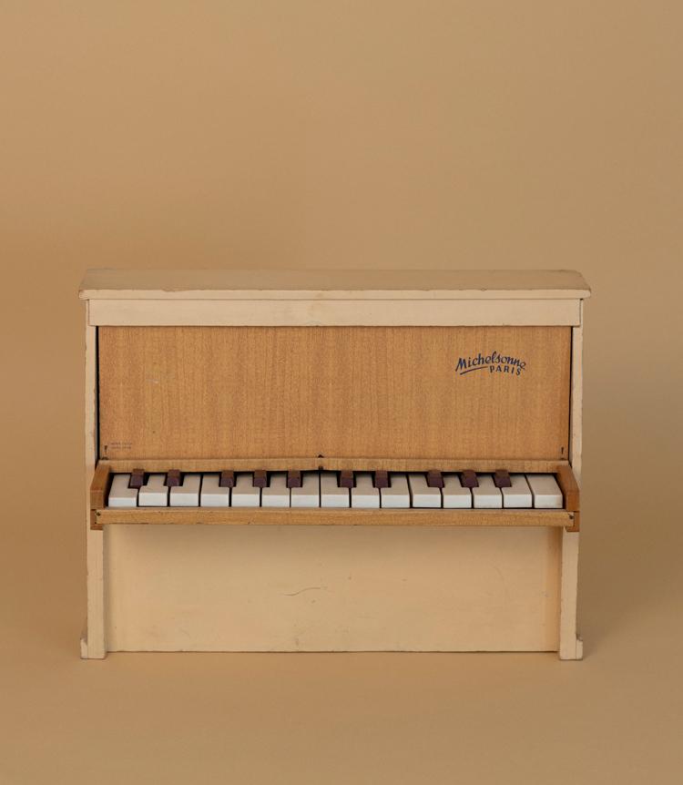 ミシェルソンヌのトイピアノ