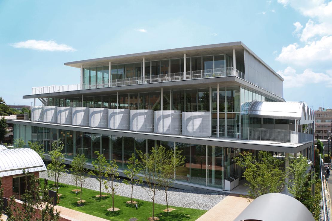 日本女子大学図書館の外観