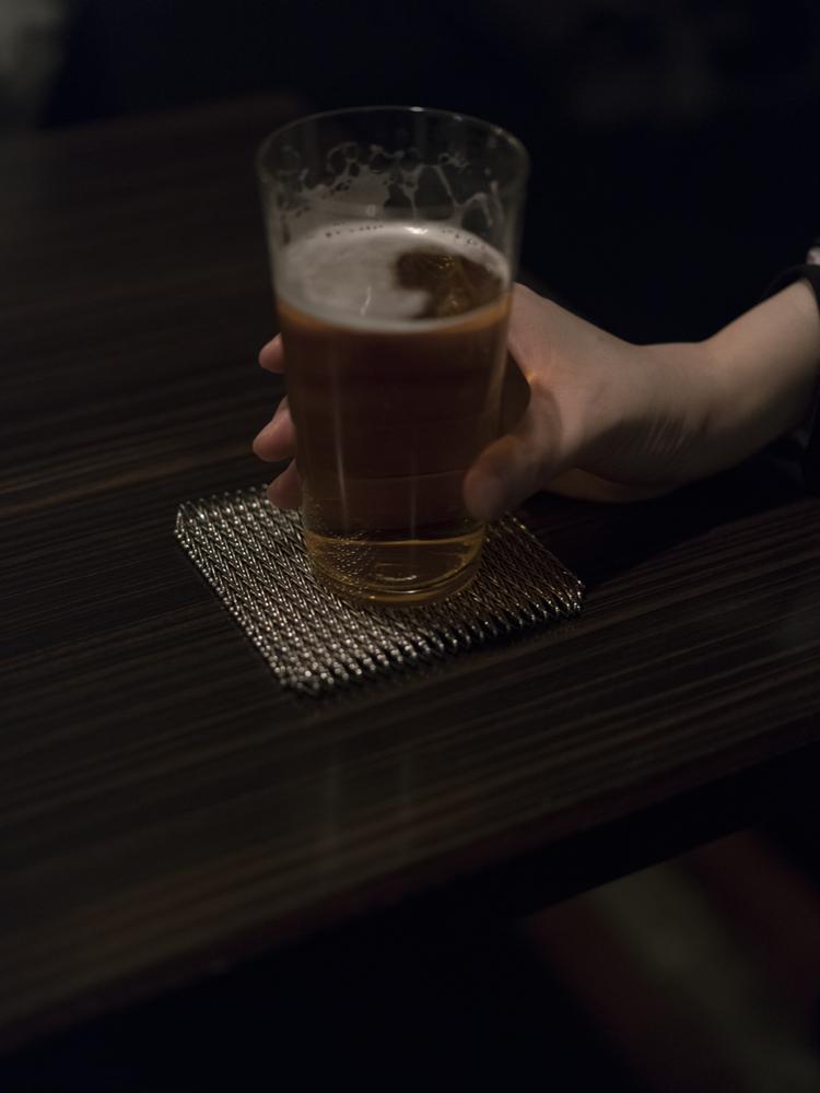 村田沙耶香さんの手