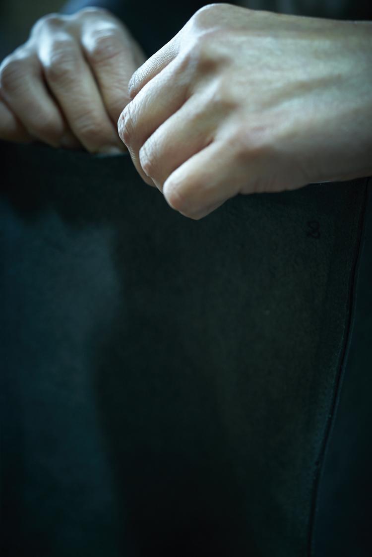 武冨ゆりさんの手